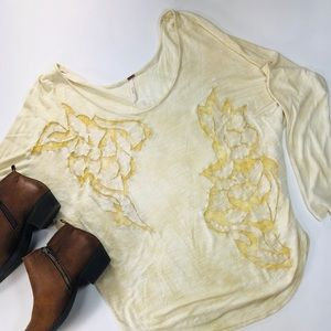 Free People light yellow slouchy dolman tee small